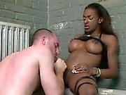 grande travesti Dominant brutal