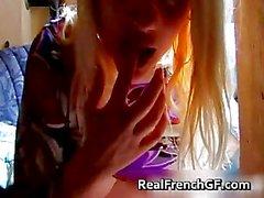 Dedos de del GF francés pechugones y gustos de ella parte2