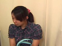 Spregiudicatezza ninfomane asiatico diteggiatura sua pelosa