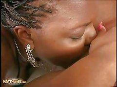 Lesbische Muschi lecken Ebenholz