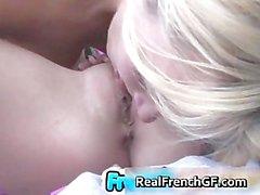 Culo Burbujosas novia en francés part4 al aire libre