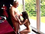 Стоны подросток получает ее киску Он спрашивает может ли она Зафиксируем свой неровный