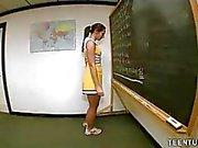 Teen Girl Calls Herself Resident Handjobber At Sc