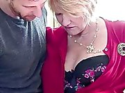 Lusty Bystig äldre knullar en barn Stam