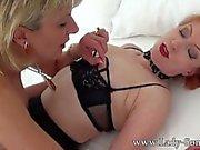 Señora Sonia primera vez Lesbianas escena jamás completa con Milf amigo Rojo