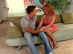 Home Page di redhead Sesso con suocera matura in calze scopa il grandioso