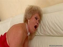 Granny Fler Squirter ( littles vattenfallen )