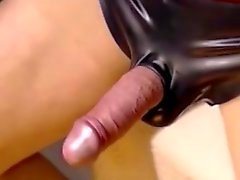 Webcam zu der Masturbation in Latex