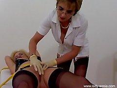 Ms Кокс в рабстве