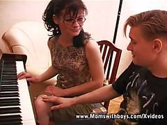 I Wanna Fuck vielmehr als Klavierstunden vor