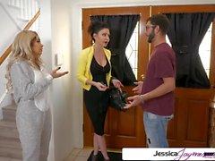 Джессика Джеймс и Аалия Хадид трахают большой член, большую добычу