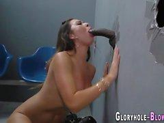 Hottie gives ir blowjob