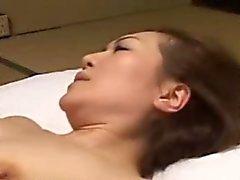 Japanese asiático madurez maneja la polla