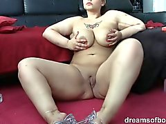German BBW Samantha is smokin sexy