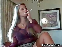 Slutty blond bimbo strippning part6
