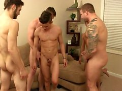 twink muscular sexo oral y facial