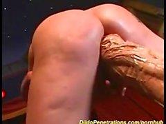 Filles baise géant Dildo