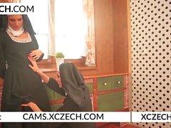 Монахини Лесбийский секс Эксперимент - xczech