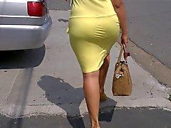 sdruws2 - culo grasso piedi per la strada mi fa impazzire