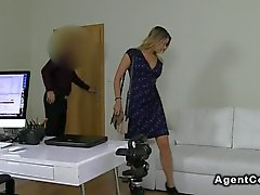 Big ass blonde amateur babe fucks on casting