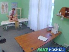 FakeHospital terapia con sessuale causa paziente nuovo per schizzare in maniera incontrollata
