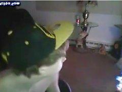 Hung 18yo мальчик на веб-камеру