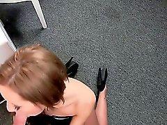 В форме женщин агента трахать любительскую парень на кастинг
