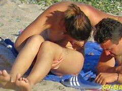 Bellissimo Amatori MILFs Nude Beach Spia Webcam Chiuda in Figa