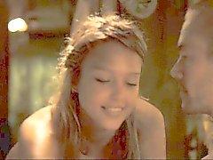 Jessica Alba im in das blaue ( Cameltoe )
