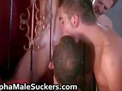 Ehrfürchtige Homosexuell Hardcore Action und saugen Teil 3