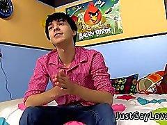 Sexy индийская геем мальчишка Cum видео Девятнадцатилетний