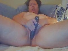 Granny big beautiful woman cam play toys