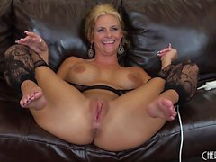 Gorgeous milf with big tits and a divine ass Phoenix Marie masturbates