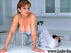Lady Sonia - Annatko Me Entertain You