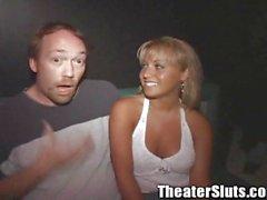 La groupe Sex Party des Jasmine Tame sur un théâtre des Tampa vidéos