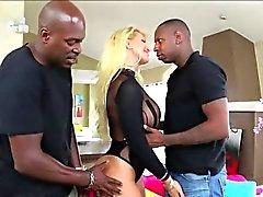 MILF di Ryan con Porno Doppia Penetrazione Posizioni