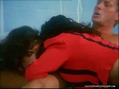Erika Bella - Flying Nurses (Le Porcone volanti) (Sarah Young) (1997)