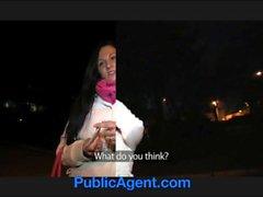 PublicAgent Reiz Clair fickt mich in die Toiletten Restaurant