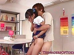 Adolescente japonesa novia tragona bf Dick