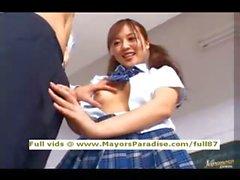 Miyu la Hoshino innocenti schoolgirl cinesi occupa ottenere una difficile fottuto