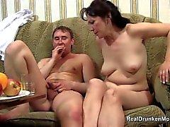 Drunk Sex mit slutty russischen reifen