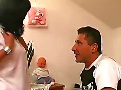 Trio человеческий девушку Tranny черных секси синицы большая сиськи и задница