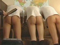 Drei Jungs bestraft werden