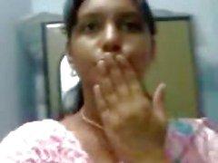 Neelima quente 24 Pondichery idade