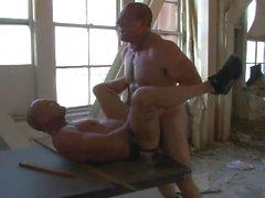 Bareback Butt Shots 5 - Scène 3
