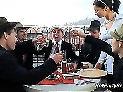 reizvollen Nur Kellnerinnen loves das Essen massives Sperma