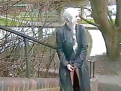 Blondes Jugendliche frechen Öffentlichkeit Masturbation Natur