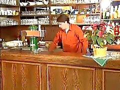 Große Vollweiber Oma gefickt in der Bar