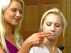 Anikka Albrite und die Ashli Orion bei Girlfriends Films