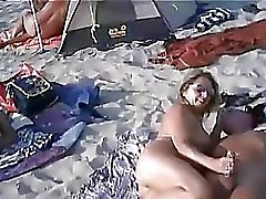 Swingers senza vergogna at the Beach Nude